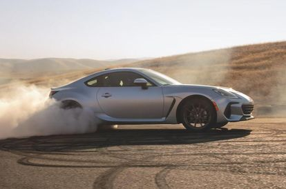 all-new-subaru-brz-keeps-to-the-recipe-but-with-better-ingredients