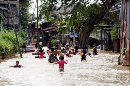 Parents Could Be Compounded RM1,000 If Kids Found Playing In Floodwaters