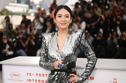 Popular Actress Zhang Ziyi Kicks Fan Out Of Group Chat After He Called Her An 'Aunty'