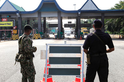 You Shall Not Pass: Police To Tighten Control At Toll Plazas To Prevent Interstate Travels