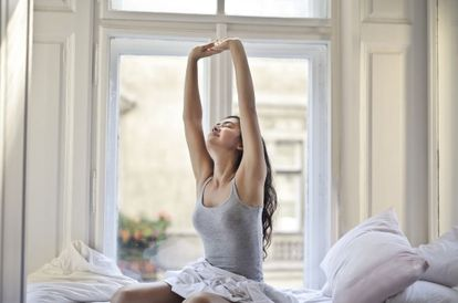 Find It Hard To Wake Up Every Morning? Here Are 8 Ways To Wake Up Refreshed And Start The Day Happier