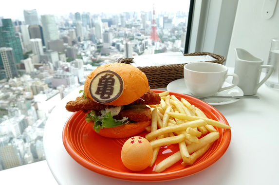 yes-dragon-ball-burger-is-a-thing-in-japan-and-we-want-it-now