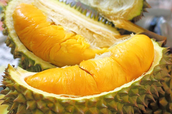 good-news-malaysians-you-can-expect-cheaper-durians-this-year