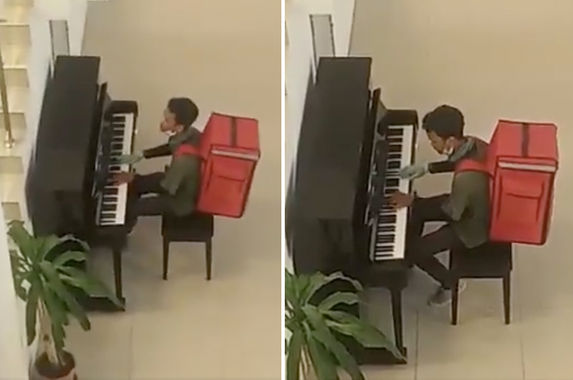 video-food-delivery-rider-kills-time-by-playing-piano-awes-onlookers-with-his-mad-skills