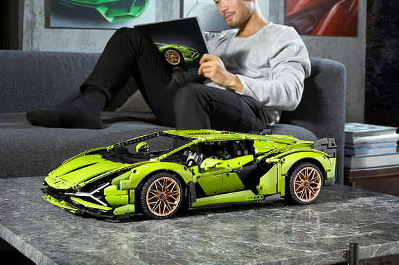 photos-the-lego-version-of-the-lamborghini-si-n-fkp-37-is-a-gorgeous-piece-of-art