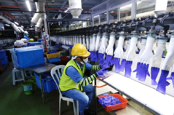 us-customs-detain-gloves-from-malaysian-company-top-glove-because-of-forced-labour-allegations