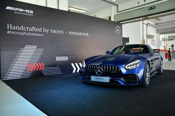 want-to-look-good-and-go-fast-mercedes-benz-malaysia-has-the-new-amg-gt-r-and-gt-c