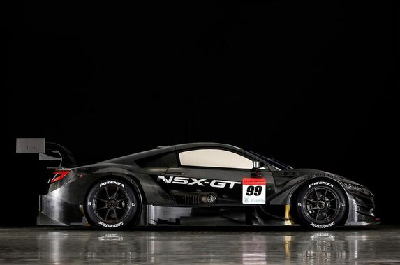 honda-is-moving-the-nsx-engine-to-the-front-for-racing