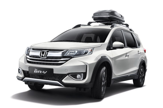 the-facelifted-honda-br-v-deserves-a-second-look