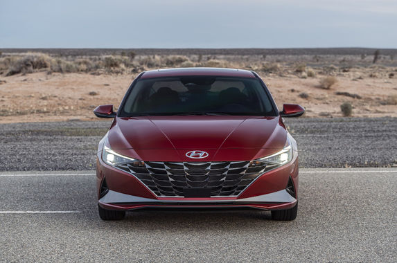 the-7th-generation-hyundai-elantra-wants-your-strong-emotional-response
