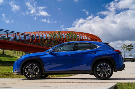 the-lexus-ux-has-plenty-going-for-a-rm283-888-compact-suv