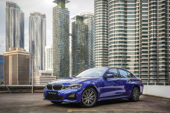 the-g20-bmw-330e-m-sport-is-the-tree-hugger-of-the-3-series-family