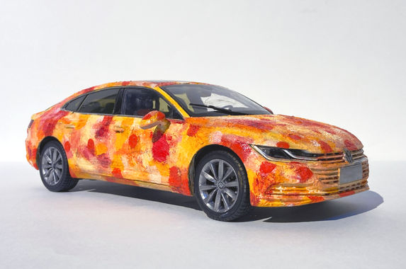 volkswagen-arteon-r-line-becomes-art-to-be-auctioned-off-for-charity