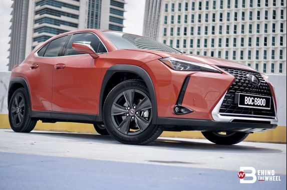 entry-level-lexus-ux-urban-has-nothing-entry-level-about-it