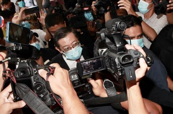 guan-eng-claims-trial-to-graft-charge-relating-to-penang-undersea-tunnel-project-bail-set-at-rm1mil