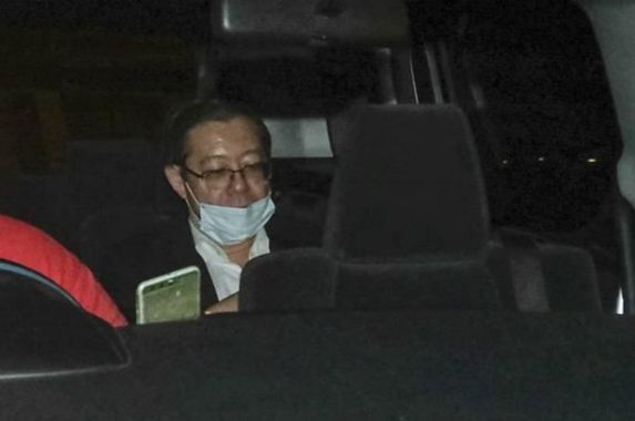 guan-eng-arrested-by-macc-to-face-corruption-charges-today