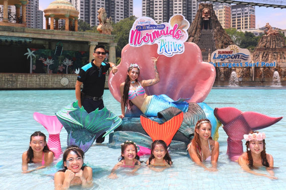 if-you-re-obsessed-with-mermaids-then-make-your-way-to-sunway-lagoon-for-mermaids-alive