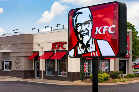 hundreds-of-kfc-outlets-were-forced-to-close-due-to-the-funniest-reason-chicken-shortage
