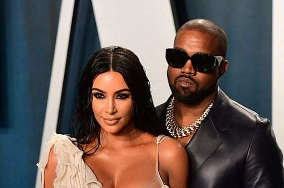 it-s-over-kim-kardashian-and-husband-kanye-west-are-getting-divorced