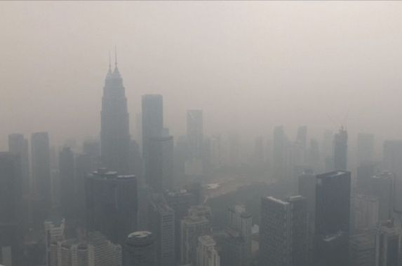 govt-urges-companies-to-let-employees-work-from-home-due-to-haze