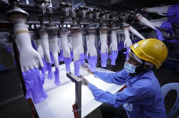 top-glove-cluster-records-1-067-new-cases-factories-in-klang-ordered-to-close