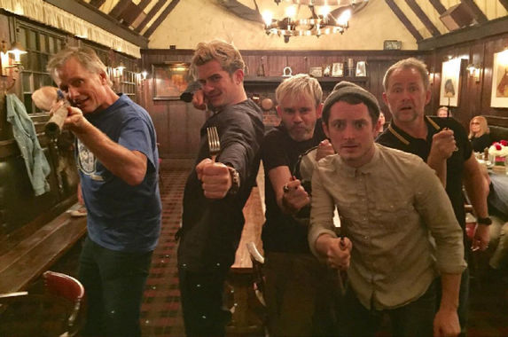 the-cast-of-lord-of-the-rings-recently-gathered-for-a-heartwarming-reunion