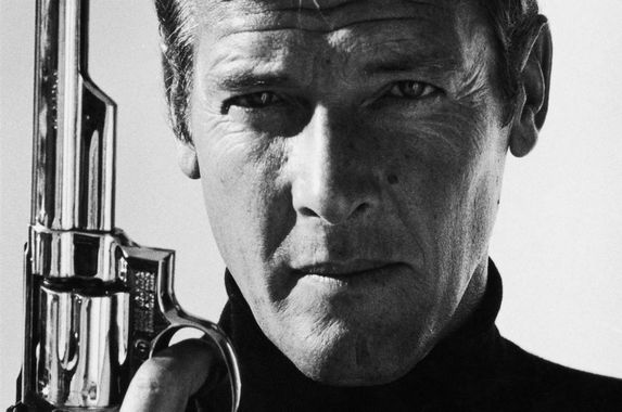 the-world-just-lost-the-man-who-played-the-best-james-bond