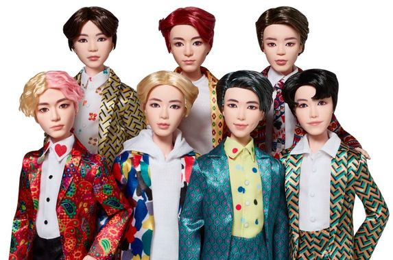 calling-all-armys-the-special-edition-bts-fashion-dolls-are-now-available-in-malaysia