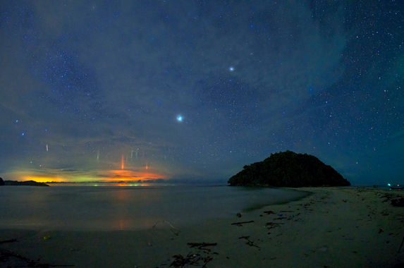 light-pillars-in-sabah-explained