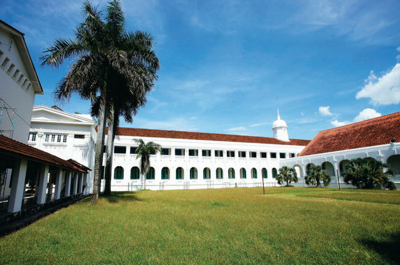 this-200-year-old-school-in-penang-is-now-a-national-heritage