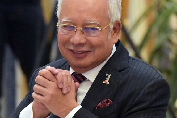 najib-razak-still-insists-rm2-6-billion-was-a-donation