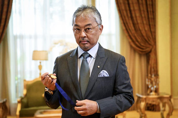 afc-bestows-our-agong-with-the-diamond-of-asia-award-for-his-contribution-to-football