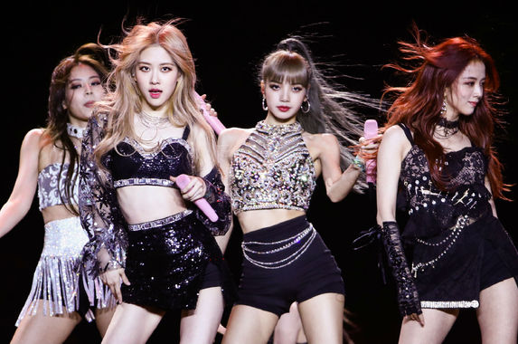 k-pop-group-blackpink-makes-history-by-breaking-5-world-records-with-one-song
