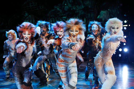 prep-your-whiskers-cats-the-musical-is-coming-to-malaysia