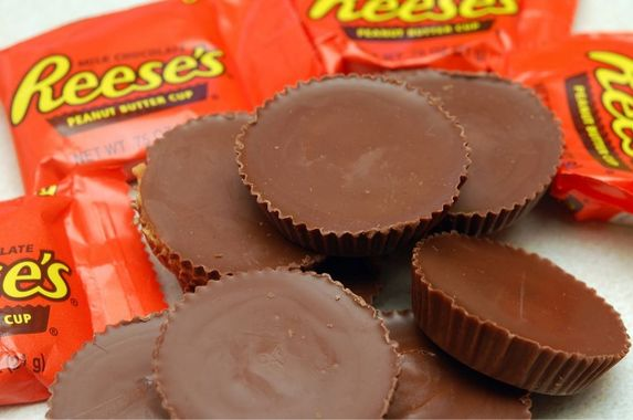 reese-s-peanut-butter-cups-is-america-s-favourite-halloween-candy