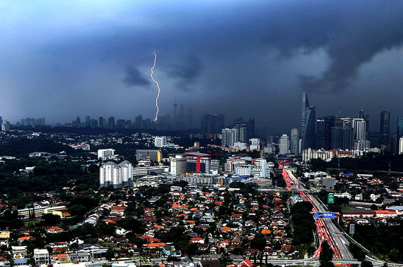here-s-the-reason-why-the-weather-in-malaysia-is-a-little-bit-scary-these-days