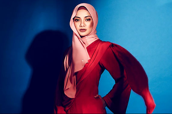 local-celeb-neelofa-down-with-influenza-a-now-in-quarantine