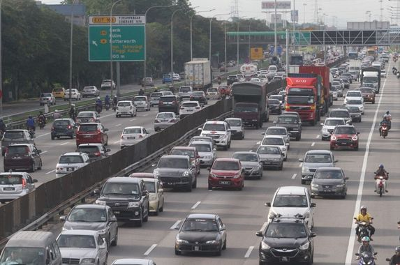 latest-decision-no-additional-charges-for-car-loans-during-moratorium-period