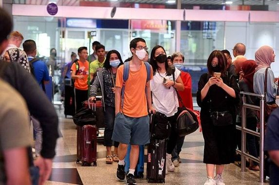 malaysia-airlines-passengers-must-wear-masks-or-be-denied-entry-beginning-23-april