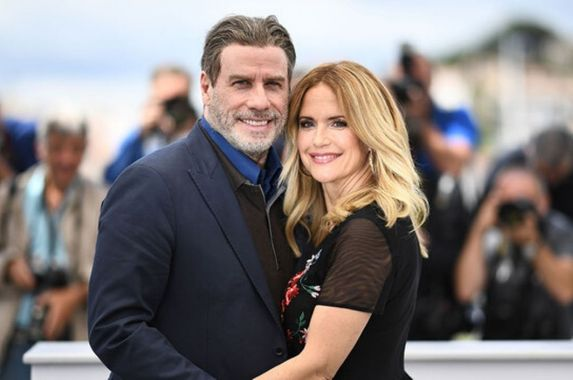 actress-kelly-preston-wife-of-john-travolta-dies-of-breast-cancer