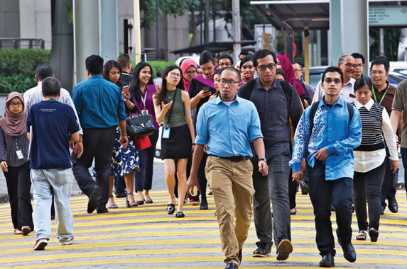 report-up-to-one-million-malaysians-could-lose-their-jobs-because-of-covid-19