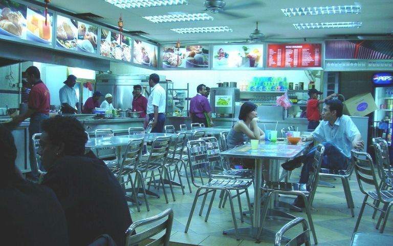 CMCO-Eateries-Petrol-Stations-Can-Operate-Until-Midnight-From-Today