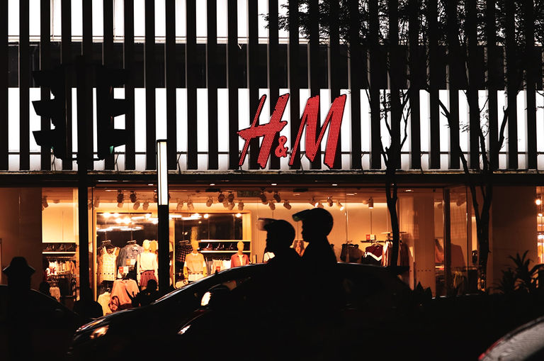h-m-to-shut-down-350-stores-worldwide-due-to-covid-19-pandemic