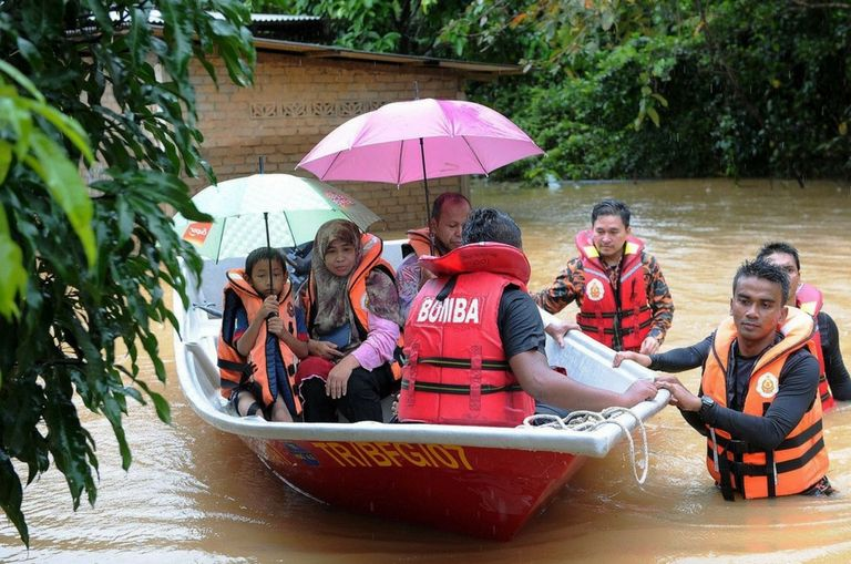 terengganu-floods-more-than-10-000-people-seeking-refuge-in-relief-centres