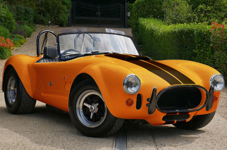 the-ac-cars-hatches-new-ac-cobra-series-4-a-617hp-1-000nm-electric-beast