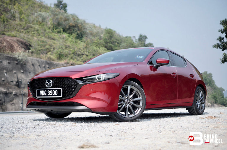 the-mazda3-liftback-high-plus-does-premium-better-than-other-premium-hatchbacks