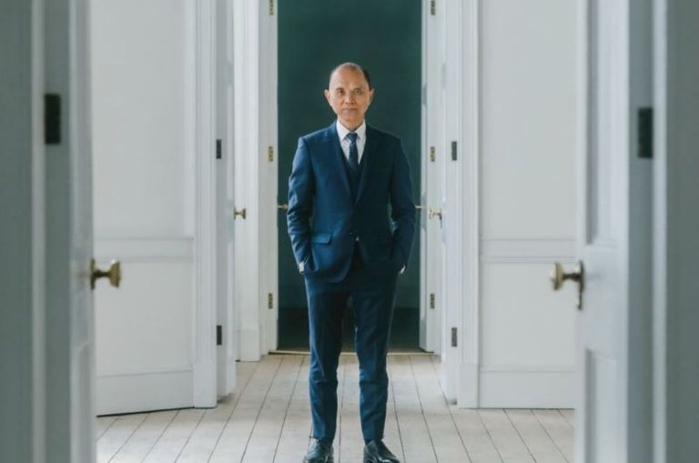 fashion-designers-listen-up-jimmy-choo-is-opening-a-fashion-academy-in-london-soon