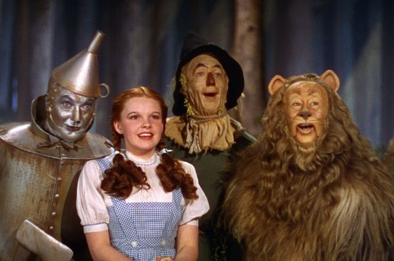 timeless-classic-the-wizard-of-oz-set-for-a-remake-after-82-years