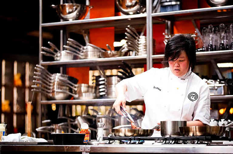 this-malaysian-chef-won-t-let-an-illness-stop-her-from-winning-masterchef-australia-s9
