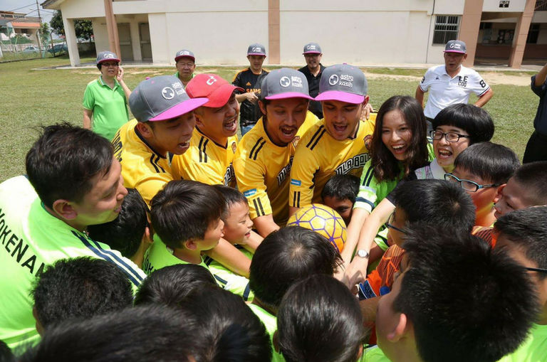 this-chinese-school-was-inspired-by-ola-bola-to-start-their-first-football-team
